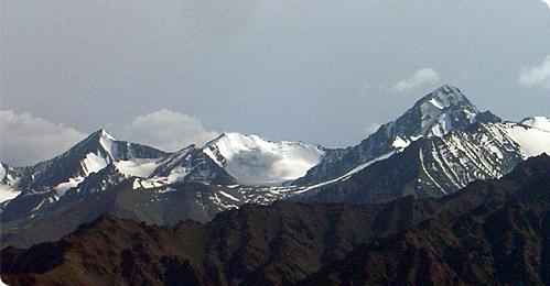Stok Kangri 6,121m