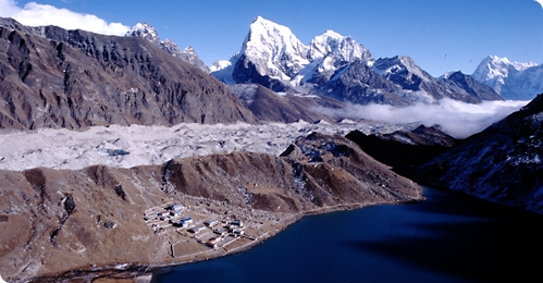 Everest Gakyo lakes